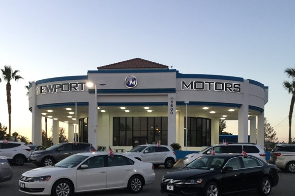 Auto Dealership Signs